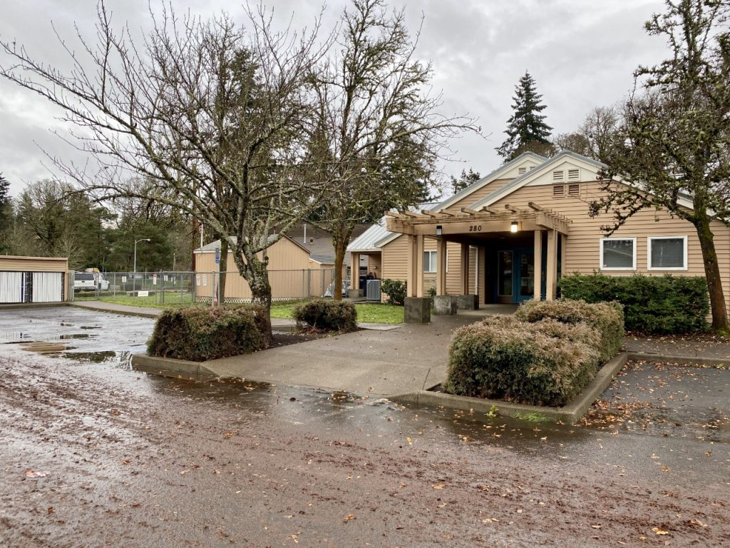 Oregon City View Manor